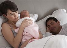 «Μπαμπάδες, μην κλέβετε τον ύπνο από τις γυναίκες σας»