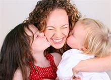 Πώς να γίνετε η αγαπημένη θεία των παιδιών