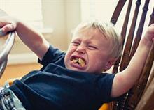 Οι ειδικοί κατέληξαν: Τα 3 είναι η πιο δύσκολη ηλικία των παιδιών!