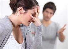 Τι είναι αυτό που κάνει τα ζευγάρια να παραμένουν σε δυστυχισμένους γάμους