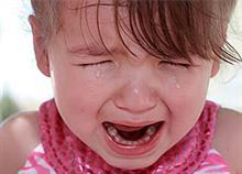 Η υποδειγματική αντίδραση ενός μπαμπά όταν η κόρη του «ξέσπασε» σε δημόσιο χώρο