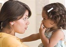 Όταν οι μαμάδες ζητούν συγγνώμη: Πότε και πώς πρέπει να το κάνετε