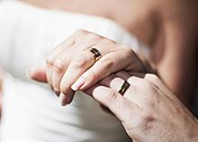 Αν παντρευτήκατε σ' αυτήν την ηλικία, έχετε λιγότερες πιθανότητες να πάρετε διαζύγιο!