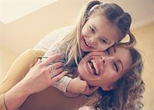 5 τύποι θείας που όλοι έχουμε συναντήσει