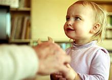 7 παραδείγματα αληθινής ευγένειας που πρέπει να δίνουμε καθημερινά στα παιδιά