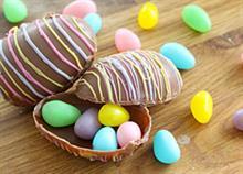 Πώς να φτιάξετε μόνη σας σοκολατένια πασχαλινά αυγά