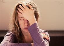 Γιατί νιώθετε συνεχώς εξαντλημένη: 7 πιθανές αιτίες