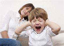 Πώς κάνετε τη συμπεριφορά του παιδιού σας χειρότερη χωρίς να το καταλαβαίνετε