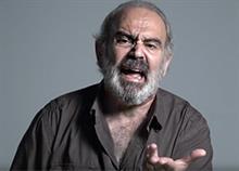 «Μην ανακατεύεστε, στο δικό μου σπίτι κάνω εγώ κουμάντο!»: Το βίντεο κατά της έμφυλης βίας που πρέπει να δείτε