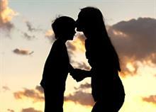 «Στον επόμενο άντρα που θα έρθει στη ζωή της μαμάς μου»: Tο συγκινητικό γράμμα ενός παιδιού