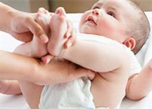 Πώς να ανακουφίσετε το μωρό από το σύγκαμα