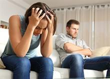 10 ερωτήσεις που θα σας πουν αν ο σύντροφός σας είναι καταπιεστικός
