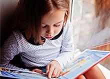 Γιατί τα εξωσχολικά βιβλία κάνουν τα παιδιά καλύτερους μαθητές
