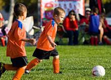 Tι κερδίζουν τα παιδιά από τα ομαδικά αθλήματα