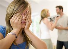 «Μαμά, μπαμπά θεωρώ ότι είστε υπέροχοι γονείς αλλά κακοί σύζυγοι» η εξομολόγηση μιας 19χρονης