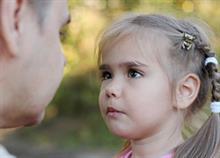 Γιατί δυσκολευόμαστε τόσο πολύ να πούμε «όχι» στα παιδιά