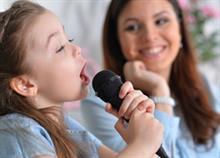 «Εγώ κι εσύ μαζί» και 7 ακόμα παιδικά τραγούδια που δεν είναι μόνο...για παιδιά