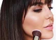 7 μυστικά του μακιγιάζ για να φαίνεται το πρόσωπο πιο αδύνατο