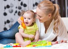 «Πότε θα μιλήσει;»: Τι πρέπει να έχει πει μέχρι την ηλικία των 5
