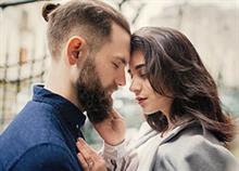 «Σεξ ή συναίσθημα;»: Τι από τα δύο μετράει περισσότερο για τις γυναίκες