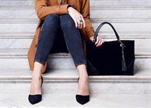 Πώς να συνδυάζετε σωστά την τσάντα με τα παπούτσια