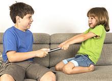 Το «τραπέζι της ειρήνης»: η μέθοδος που σταματάει τους καβγάδες των παιδιών