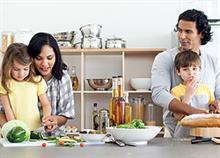 Η σημασία του οικογενειακού γεύματος στην παιδική διατροφή
