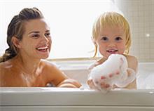 Γυμνοί μπροστά στο παιδί: Μέχρι πότε;