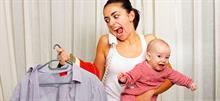 Στις μαμάδες που μεγαλώνουν τα παιδιά τους χωρίς βοήθεια
