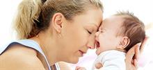 «Oι σκοτεινές μέρες της μητρότητας»