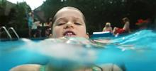 «Σε ένα λεπτό, θα πνιγώ»: Ένα βίντεο-σοκ για τον πνιγμό που πρέπει να δει κάθε γονιός