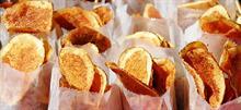 Πώς να φτιάξετε σπιτικά πατατάκια