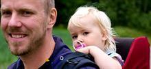 Γιατί οι γονείς στη Σουηδία μεγαλώνουν τα παιδιά τους καλύτερα