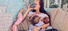 Ταυτόχρονος θηλασμός: Η απόδειξη ότι το σώμα κάθε μαμάς κάνει θαύματα!