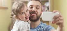 10 κανόνες για μπαμπάδες που μεγαλώνουν κόρες