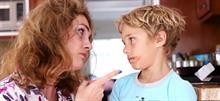 «Πώς είναι πραγματικά να μεγαλώνεις αγόρια»: Το βίντεο μιας... βασανισμένης μαμάς!