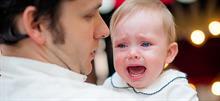 «Η αγωνία του να σε απορρίπτει το ίδιο σου το παιδί»: Ένας μπαμπάς εξομολογείται