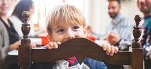 Πώς να μην βαριούνται τα παιδιά όταν έχετε καλεσμένους στο σπίτι