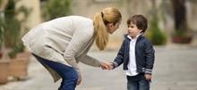 5 λόγοι που το παιδί «δεν ακούει» και πώς να το αντιμετωπίσετε χωρίς φωνές