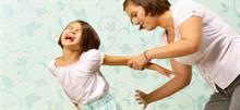 Το να χτυπάς το παιδί σου είναι απαράδεκτο (αλλά κάποιοι το κάνουν ακόμα!)