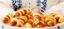 Συνταγές για παιδιά: πρωτότυπα καλαμάκια χοτ-ντογκ
