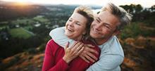 Οι άντρες που παντρεύονται έξυπνες γυναίκες ζουν πιο πολύ σύμφωνα με την επιστήμη