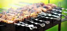 Τσικνοπέμπτη: Συνταγές και tips για το παραδοσιακό τσίκνισμα