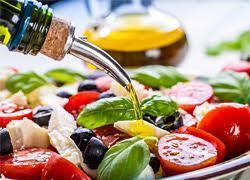 5 πρωτότυπες σαλάτες για το πασχαλινό τραπέζι