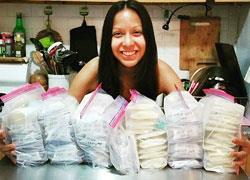 Μητέρα δωρίζει περισσότερα από 60 λίτρα γάλακτος μετά την απώλεια του μωρού της