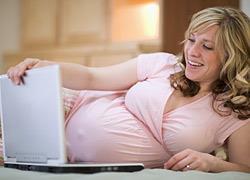 Οι γυναίκες που αργούν να γίνουν μαμάδες ζουν περισσότερο