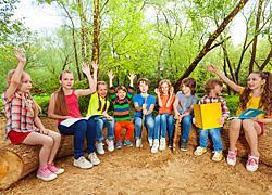 Ξεκίνησαν σήμερα οι αιτήσεις για τις δωρεάν παιδικές κατασκηνώσεις του ΟΑΕΔ