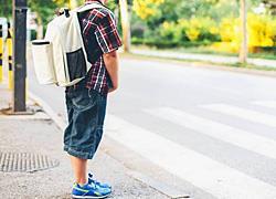 Πότε μπορεί ένα παιδί να περάσει μόνο του τον δρόμο;