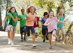 Καλοκαιρινές δραστηριότητες για τα παιδιά: Πώς να μην βαρεθούν στις διακοπές