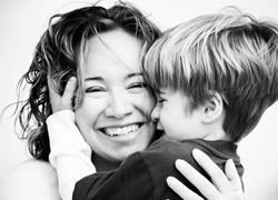 Όσα θέλουμε να πούμε στη μαμά μας με αφορμή τη Γιορτή της Μητέρας